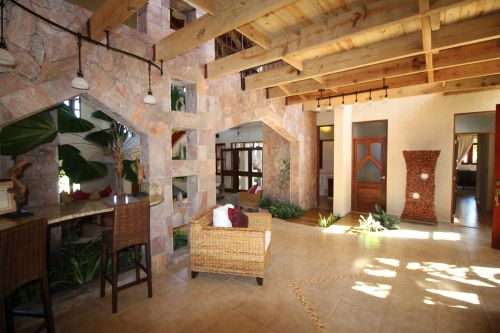 #4 Luxury mansion with magnificent tropical garden in select community