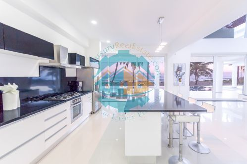 #11 Modern Luxury Beachfront Villa for Rent