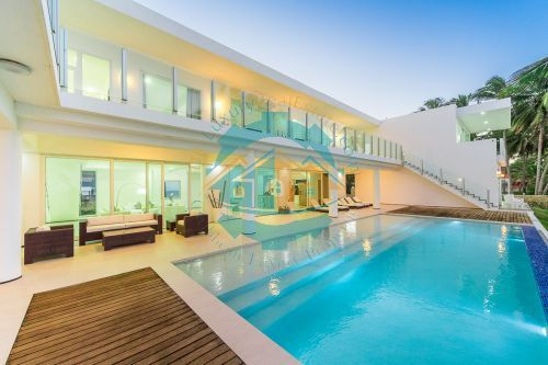 #12 Modern Luxury Beachfront Villa for Rent