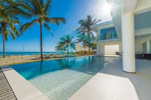 #13 Modern Luxury Beachfront Villa for Rent