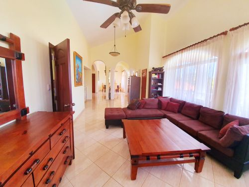 #13 Villa located in a gated community close to the beach