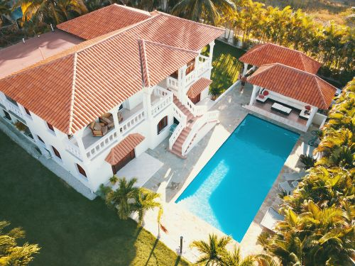 #1 Villa located in a gated community close to the beach